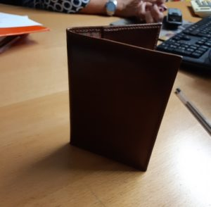 2 Money clips 309-Simone and 2 Passort holders brown (shipping costs included)