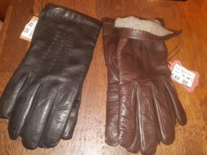 Custom order - Two pairs of gloves (shipping costs included)